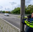 Bestuurder rijdt met opvallend hoge snelheid door 30 kilometerzone